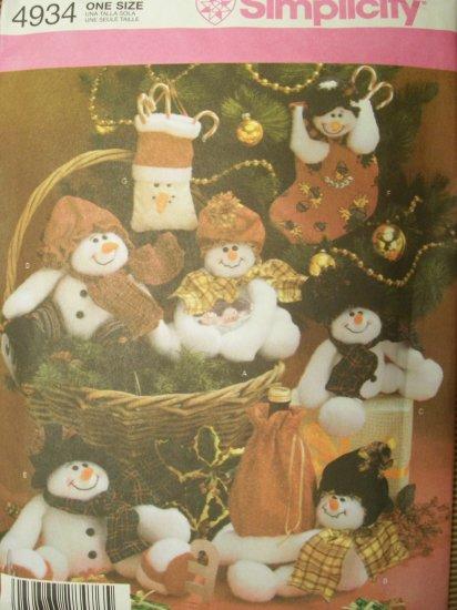 Simplicity Pattern 4934 Straw Stockings By Sheryl Echard Snowmen