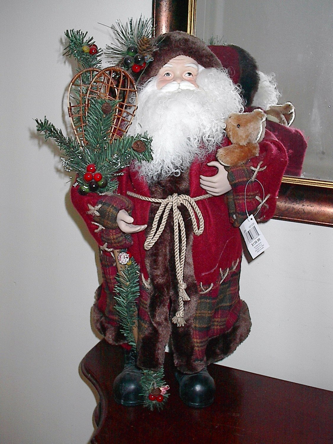 Classic old world country santa claus inch figure