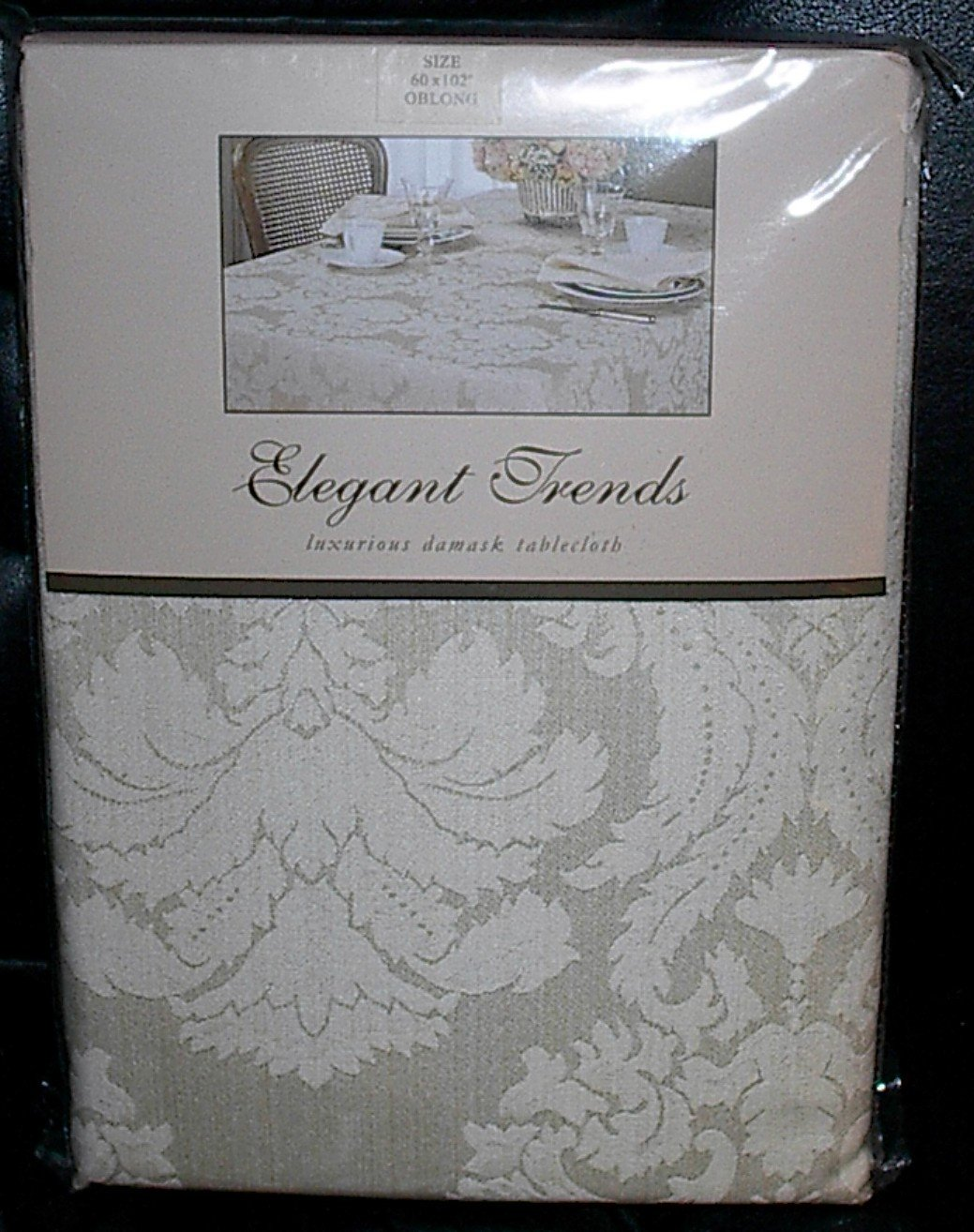 """Elegant Trends Luxurious Damask Ivory Oblong Tablecloth 60"""" x 102"""""""