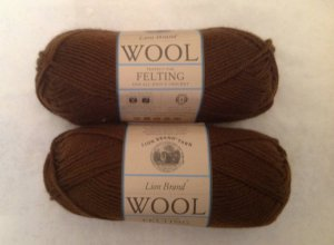 Lion Brand Wool Yarn 125 Cocoa Brown