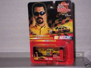 NASCAR 1999 #36 ERNIE IRVAN M & M's 1/64 RC Signature