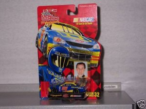 32 NASCAR 1999 #55 KENNY WALLACE SQUARE D 1/64 RC 32