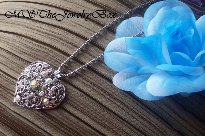WHITE CRYSTAL LARGE VICTORIAN HEART PENDANT NECKLACE FILLIGREE