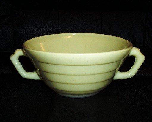 Hazel Atlas Moderntone Platonite Cream Soup /Pastel Yellow