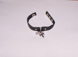 Leather Bracelet w/Arrow & Stone Snap Closure Black NEW!