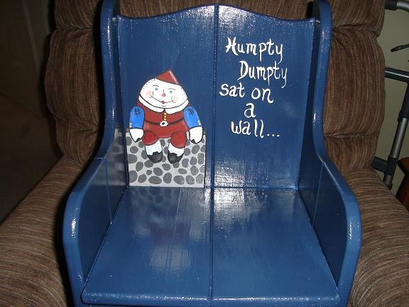 Humpty Dumpty Childrens Chair