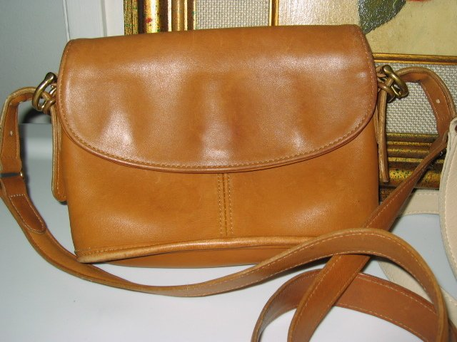 4.	AUTHENTIC COACH BROWN LEATHER WOMEN'S BAG HANDBAG PURSE