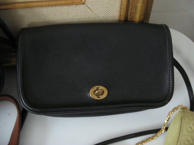 10.	AUTHENTIC COACH RECTANGLE BLACK WOMEN'S BAG HANDBAG PURSE LEATHER