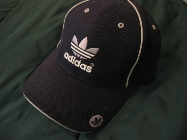 NEW ADIDAS BASKETBALL BASEBALL CAP HAT MEN'S WOMEN'S ATHLETIC ATTIRE CLOTHES