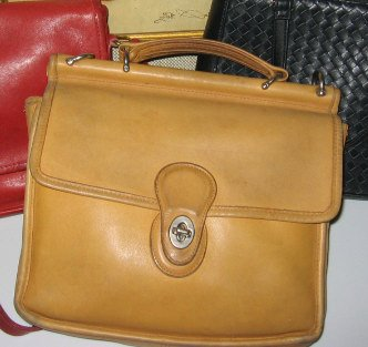 AUTHENTIC TAN camel COACH willis MESSENGER BAG WOMEN'S PURSE BRIEFCASE HAMPTON STATION office bag