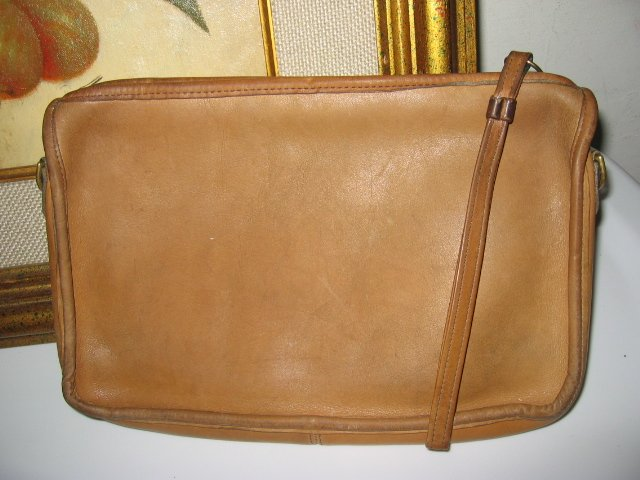 AUTHENTIC COACH MAKEUP POCHETTE BAG LEATHER WOMEN'S MEN'S BAG I-POD CASE