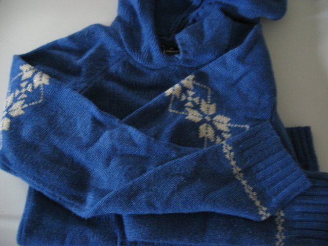 CLOTHES SWEATER TOP SHIRT SNOWFLAKES abercrombie blue xl girls
