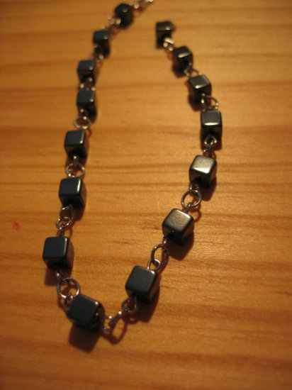 HEMATITE metallic stone beaded bracelet HANDMADE WOMEN'S JEWELRY silver platinum color