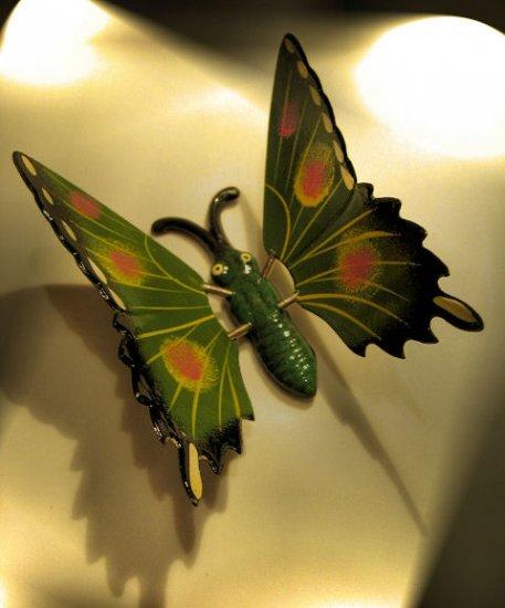 GARDEN BUTTERFLY handpainted GREEN STICK FLOWER HOME DECOR