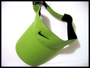 SOLD OUT - NEW NIKE GOLF VISOR WOMEN'S CAP HAT GREEN TENNIS CLOTHES ATHLETIC ATTIRE MEN'S WOMEN'S