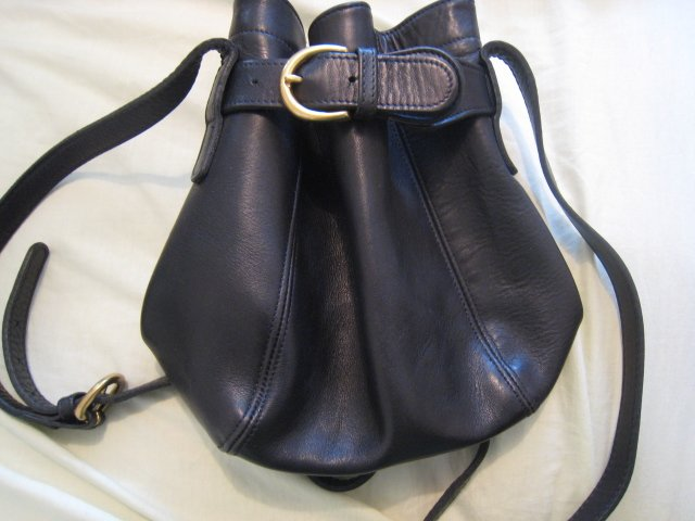 AUTHENTIC COACH BUCKET BAG WITH BELT BLACK WOMEN'S BAG HANDBAG PURSE #15 leather accessory