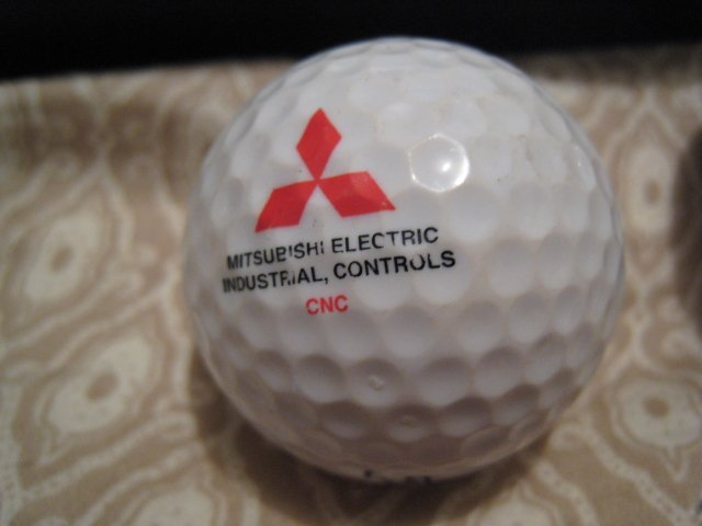 MITSUBISHI ELECTRIC - COLLECTOR'S GOLF BALL SPORTS MEMORABILIA DECORATIVE COLLECTIBLE HOME HOBBY