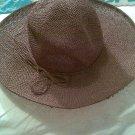 VINTAGE WOMEN'S ACCESSORY BROWN STRAW SUMMER GARDEN HAT STUNNING