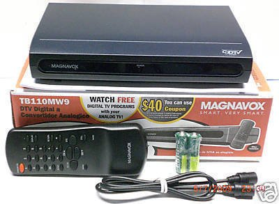 Magnavox DTV Digital to Analog Converter Box TB100MG9 electronics tv