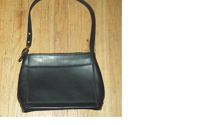 BLACK leather like HOBO VINTAGE FULL BODY BIG BAG GREAT FOR OFFICE #081009A
