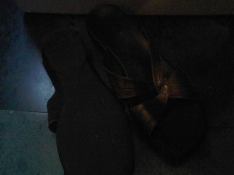 CLARKS BROWN SANDAL SANDALS SHOES WOMEN'S 8 LEATHER CLOTHES ACCESSORY