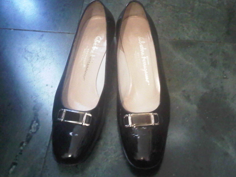 AUTHENTIC SALVATORE FERRAGAMO ITALY BLACK PUMP DRESS SHOES WOMEN'S 7.5 LEATHER CLOTHES ACCESSORY