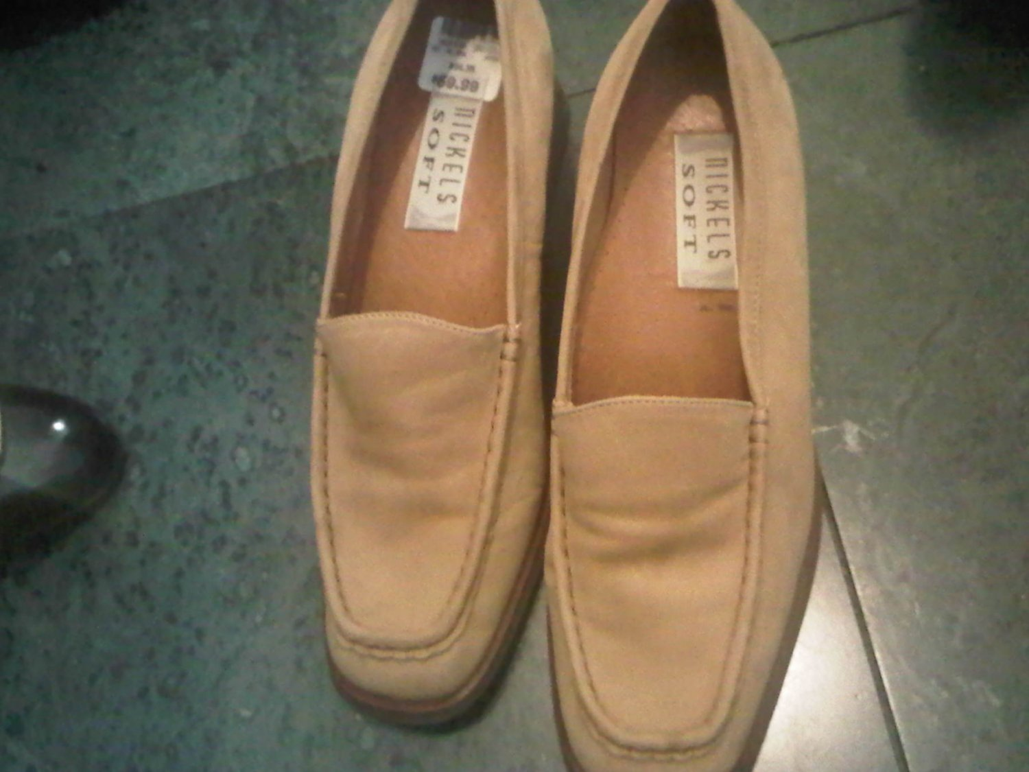 NICKELS SOFT SUEDE 8.5 TAN OFFICE DRESS SHOES WOMEN'S LEATHER CLOTHES ACCESSORY