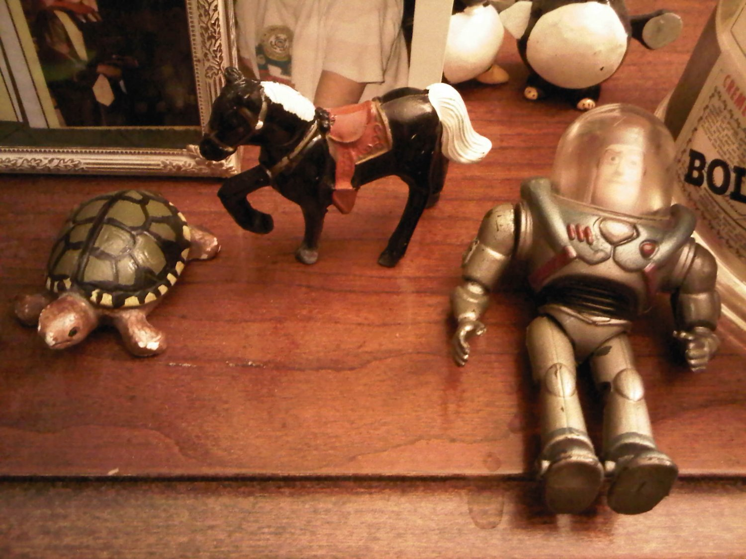 VINTAGE TURTLE DECORATIVE COLLECTIBLE FIGURINE HOME