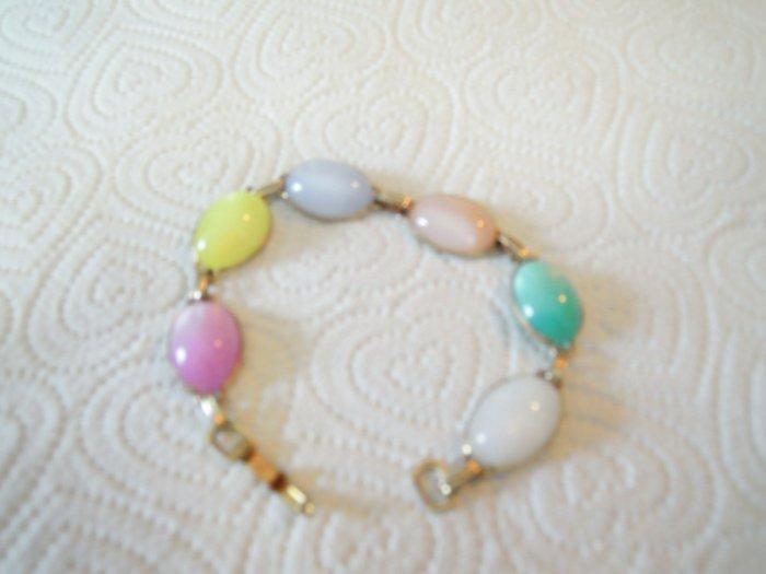 Vintage Bracelet Pastel Lucite Beads Moonstone