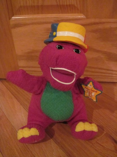 Barney the Dinosaur Silly Hats #94417 Fisher Price 2001