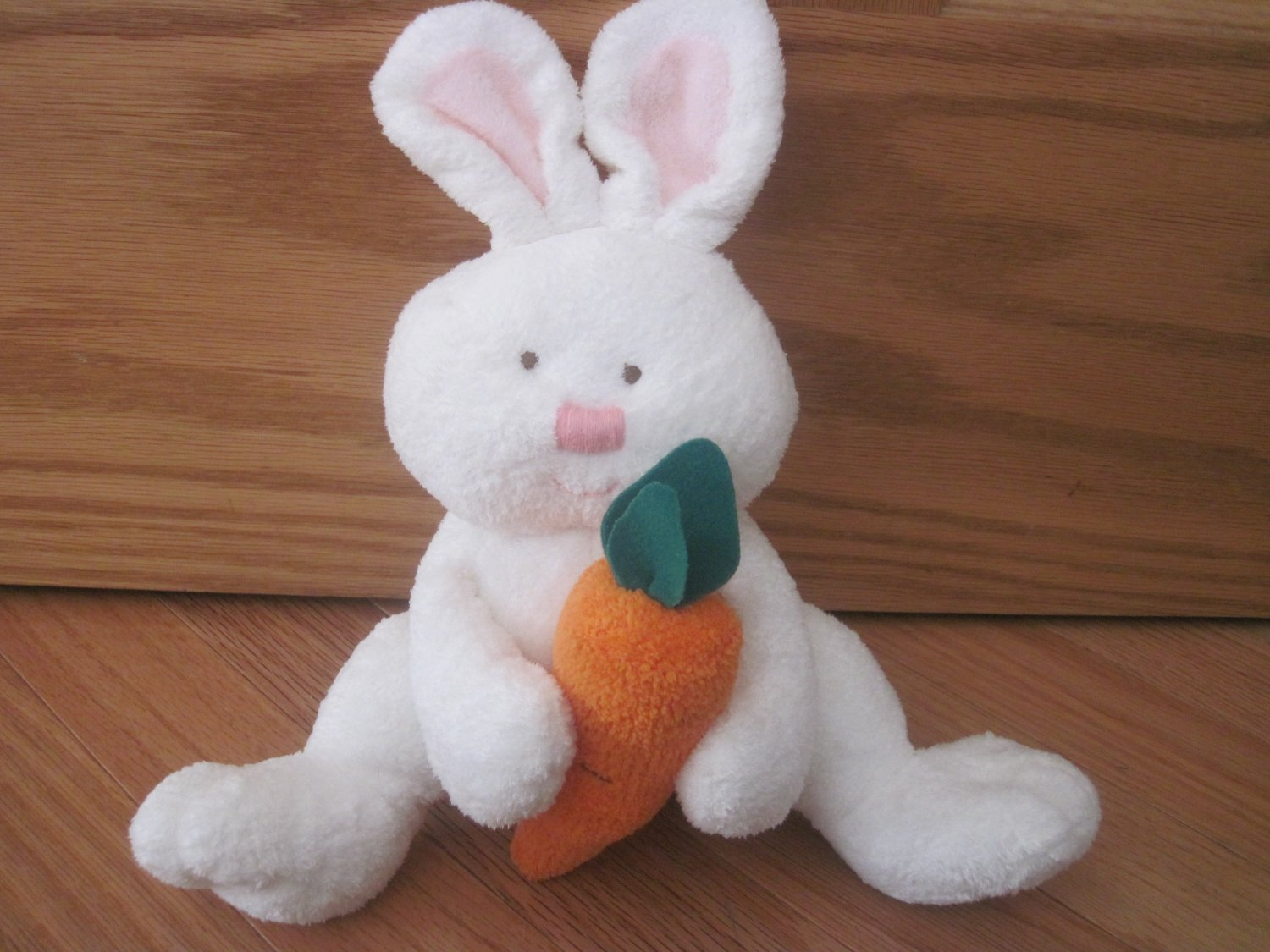 Ty Pluffies Plush White Bunny Rabbit Holding Carrot Named