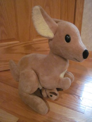 Vintage Animal Fair Large 20 Inch Beige Tan Kangaroo with Joey Plush Stuffed Toy