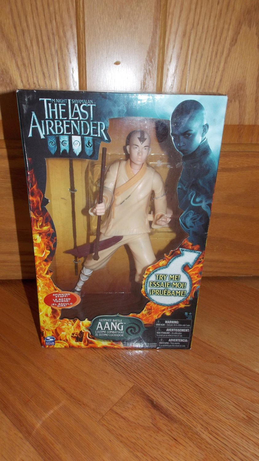 The Last Airbender Ultimate Battle Aang Figure with Staff by Spinmaster