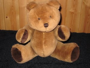 Vintage 1985 Bearland Brown Plush Bear