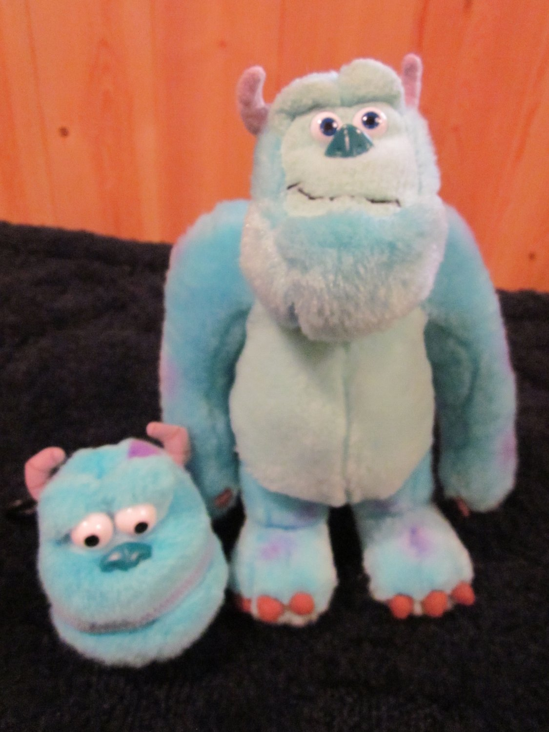 Disney Store Plush Monsters Inc Sulley and backpack clip sully