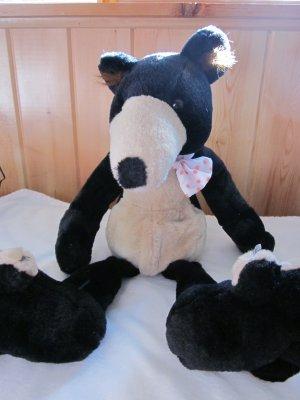 1994 Sugar Loaf Black Bear Tan Accents white polka dot bowtie.