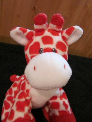 Ty Pluffies Red and White Giraffe named Kisser