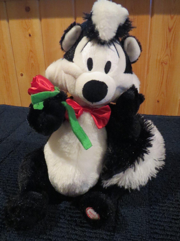 Hallmark PEPE Le PEW  talking skunk plush