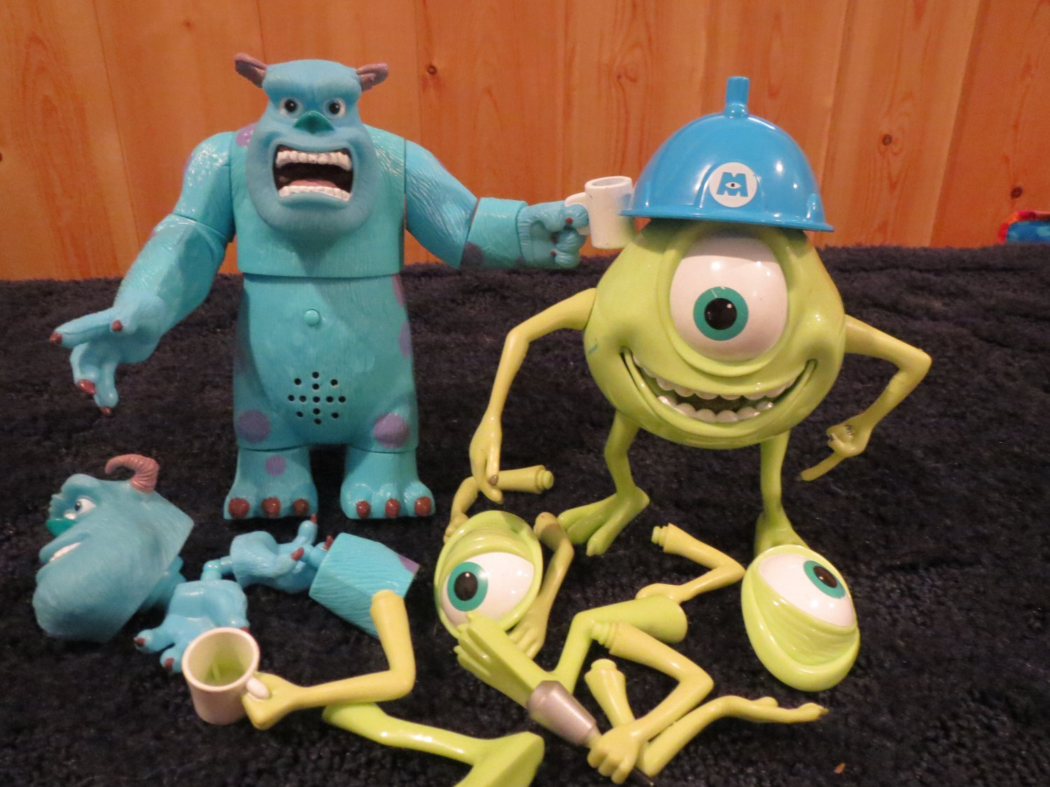 Monsters Inc Talking Sulley and Mike Model Kits Action Figures