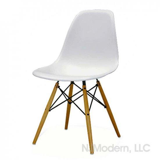 eames type dowel base shell chair
