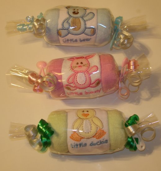EMBROIDERED BURP CLOTH & WASHCLOTH ROLL BABY SHOWER GIFT