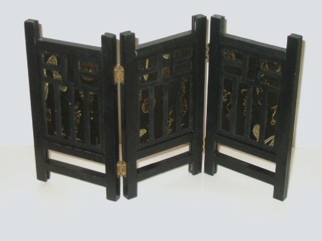 Asian Candle Holder Wood Partitions