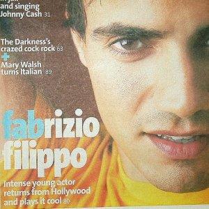 FABRIZIO FAB FILIPPO JOHNNY CASH THE DARKNESS mag Canada September 18-24, 2003 [SP-500]