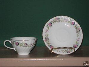Creative Fine China Regency Rose 2345 Cup / Saucer I55