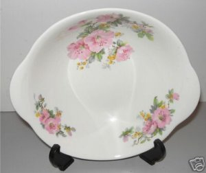 Iva-Lure Crooksville Lugged Round Serving Bowl  J-T  M1
