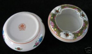 2 Hand Painted Ashtrays Made in China  A4