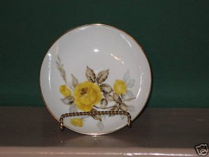Cotillion by Japan Sango Yellow-Rose Berry Bowl  I62