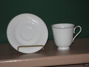 Noritake Whiteview Cup and Saucer  I42