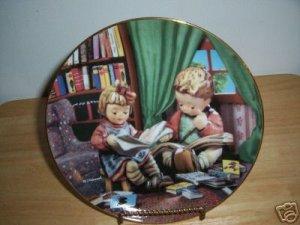 Hummel Plate Budding Scholars B12