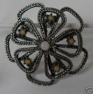 Lovely Silvertone  Pin/Brooch Genuine Opal Center A5